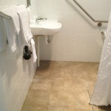 bathroom-shot2013